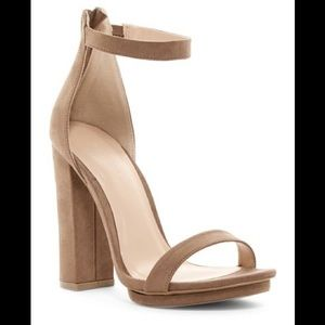 Wild Diva Lounge heels - size 10